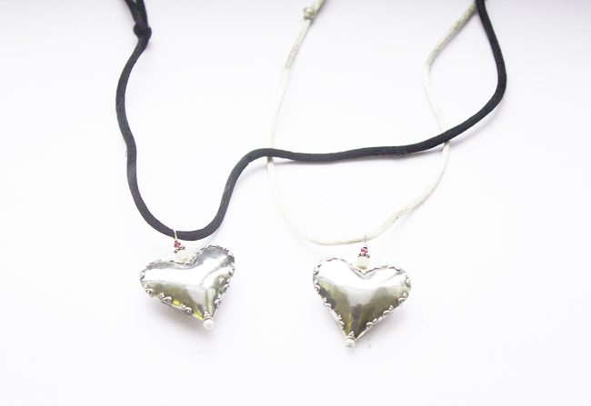 Sterling-Silver-hearts-on-Silk-Gifted-Unique-Large