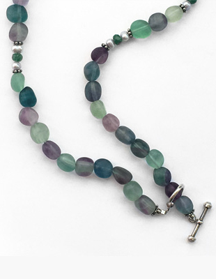 Green Aventura Necklace and Mother of Pearl