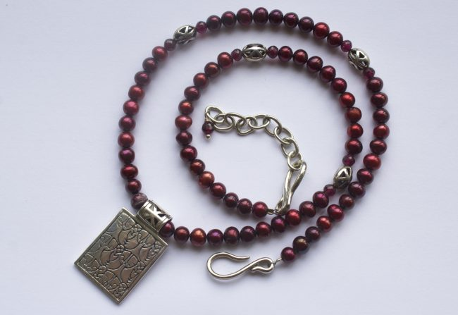 Cranberry Necklace Gifted Unique
