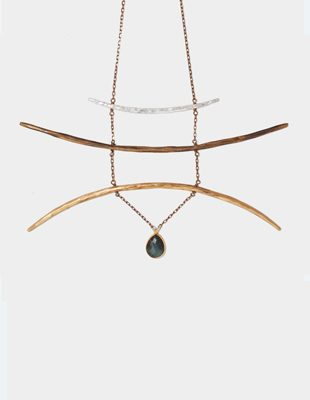Stunning necklace by Hart