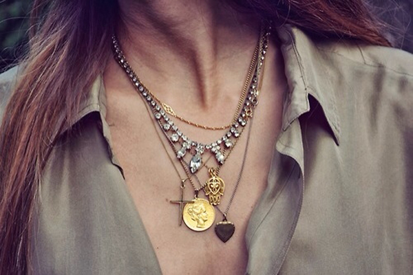 Different-Metal-Layering Layered necklaces: get the look right!