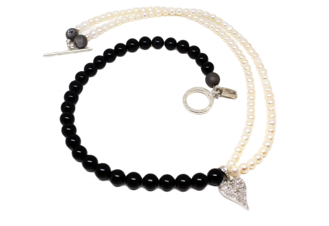 Diamond,-Pearl,-Onyx-and-Silver-Necklace